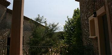 Salon vue sur la terrasse
